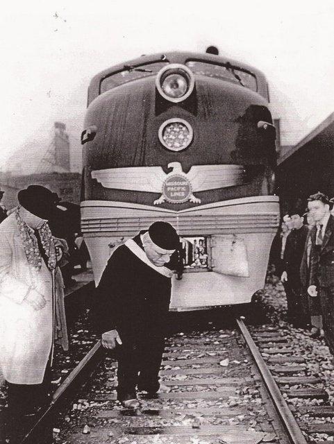 Maurice+Tillet+Train