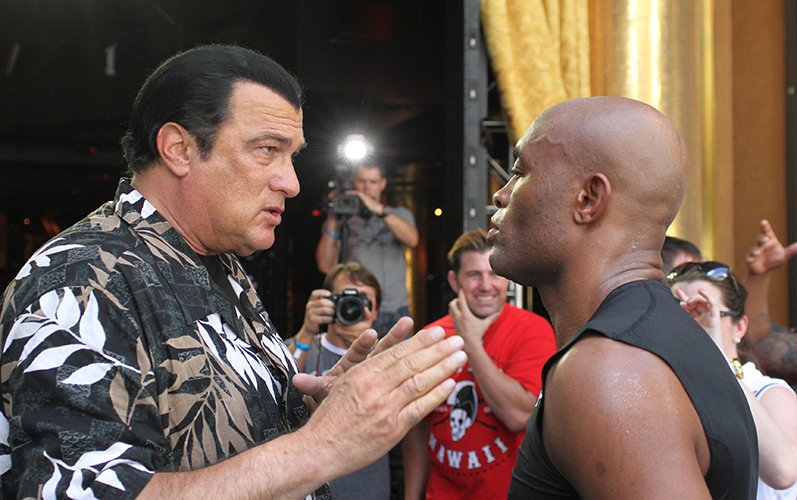 http://fightstate.com/wp-content/uploads/2015/07/steven-seagal-anderson-silva.jpg