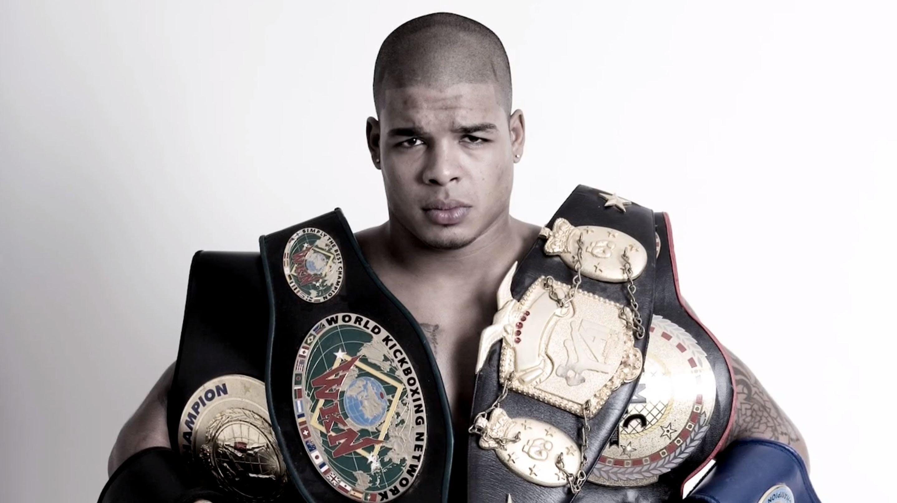 Kickboxing world champion: Spong