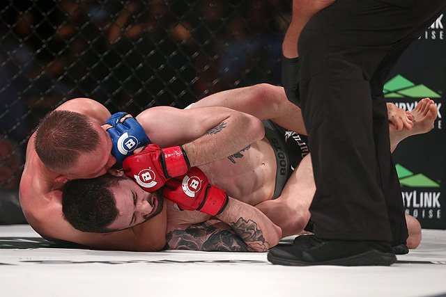 The trick to the perfect RNC is adjusting your arm so it applies pressure to different areas. Photo by Sherdog.com.