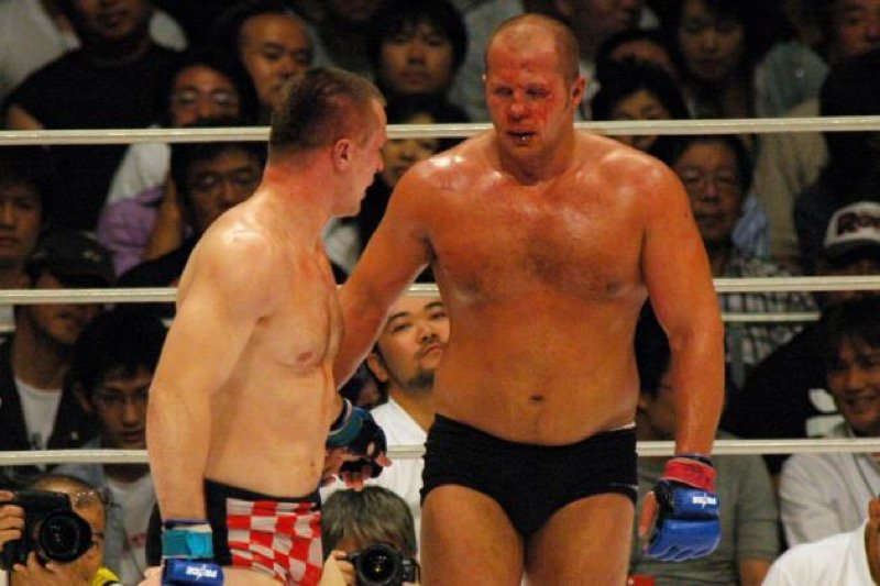 One of the best fights in MMA history